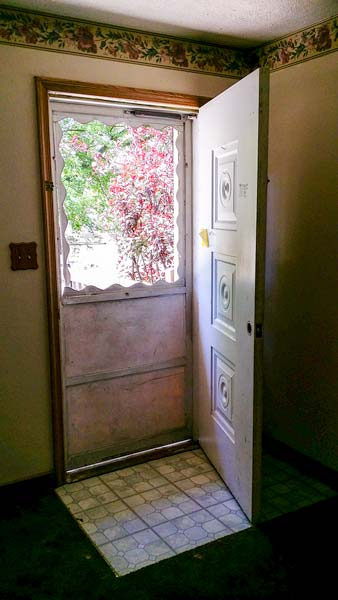 a1-evans-door-install-repair-storm-door-ohio